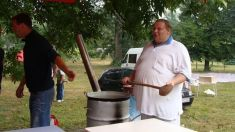 Súťaž vo varení gulášu